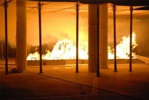brandbakken in parkeergarage
