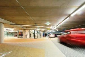 Hoofdtrappenhuis in garage Katwijk